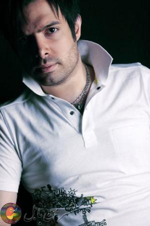 ماهان بهرامخان (متولد ۲۰ آبان ۱۳۶۶ در بابل) خواننده، آهنگساز و تنظیم کننده ایرانی است.